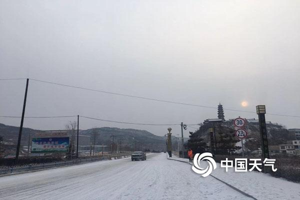 庆城一场雪未消 一场雪又来
