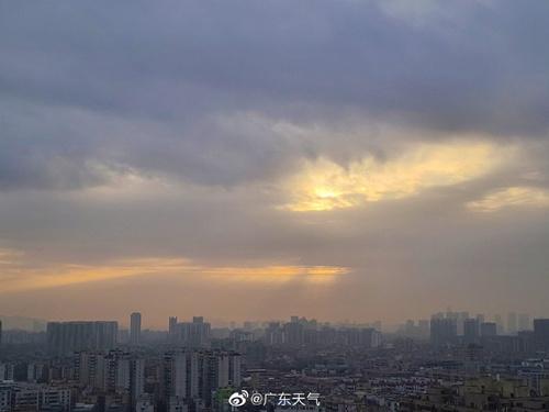 广东明后天大部晴到多云 早晨有(轻)雾