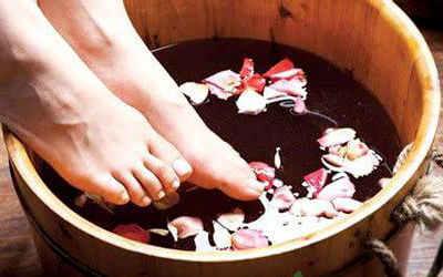 泡脚有讲究这样泡冬季少生病
