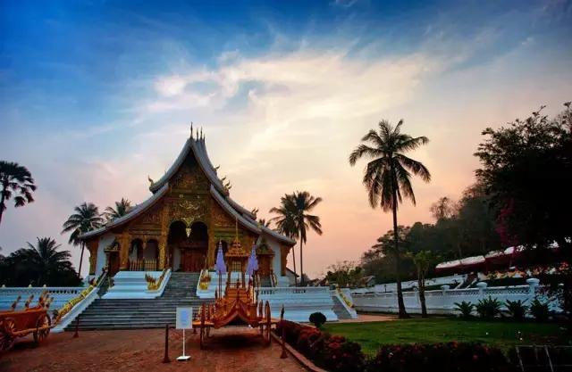 在老挝体验原生态