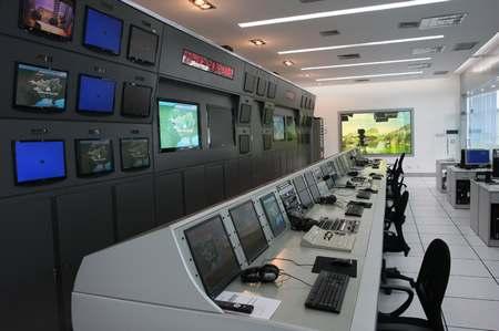 后期制作办公室_目前,针对不同受众需求,影视服务室每天制作各类电视天气预报节目