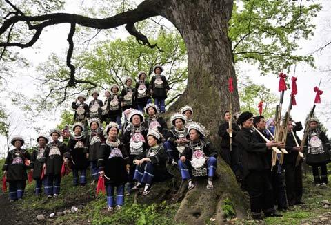 春夏之交民俗节日多 出游勿忘预防强对流