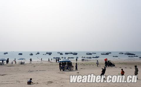 从南宁到北海仅需1小时23分.从桂林山水到海滨小城也只需4小时23分.