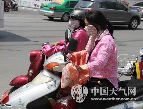 本周广西晴热多阵雨天