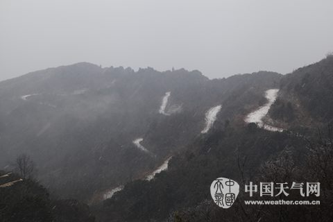 寒潮来袭广西多地降雪