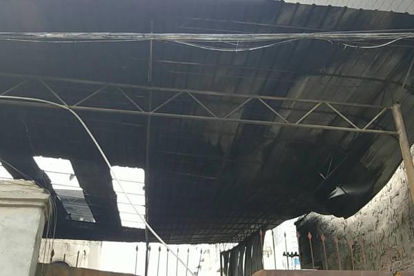 十年厂房生事端 柳州一塑料制品厂突遇大火