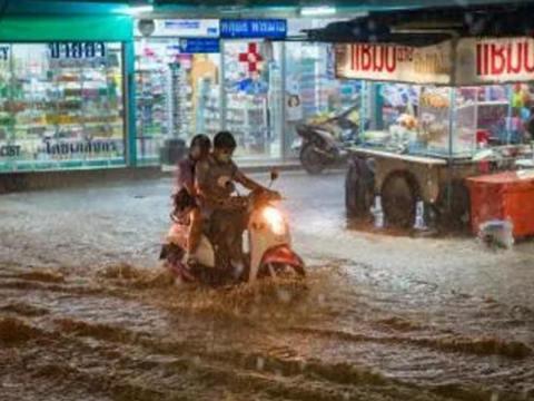 """""""气候与水""""之洪水"""
