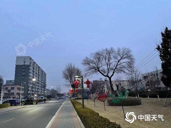"""北京""""假春天""""模式今日继续 明起冷空气再杀""""回马枪"""""""