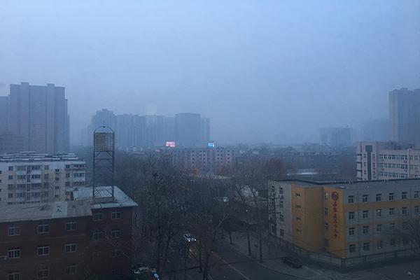 未来三天河北霾天气再增多 局地降雪影响出行