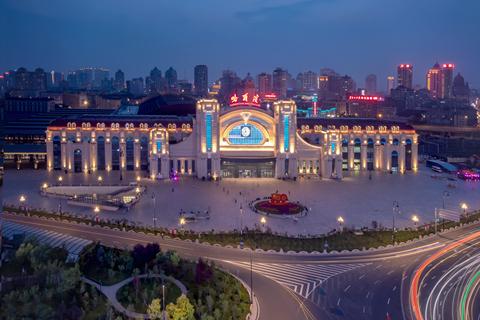 黑龙江省气象台2021年07月3日01时05分发布雷雨大风黄色预警信号