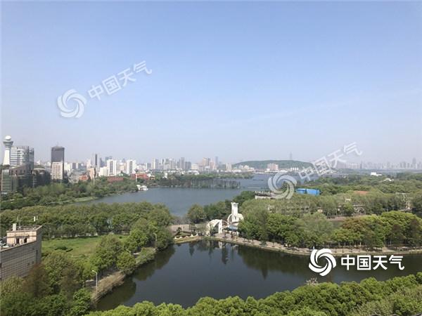 今晚起雨水大风至湖北 武汉降温幅度可达18℃