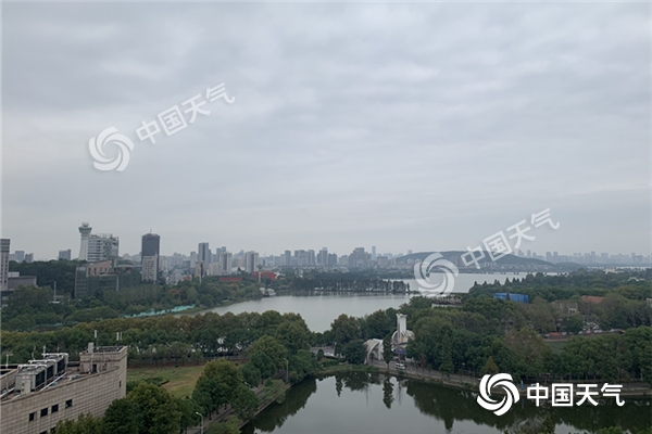 http://www.mhkcctv.com/caijingfenxi/27024.html