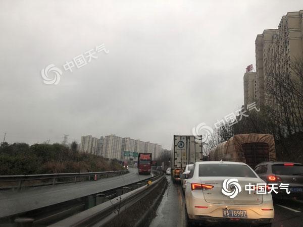 春运伊始湖南局地大雨 需注意出行安全