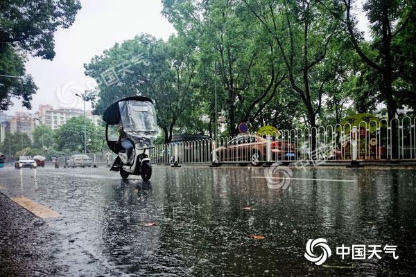 今明湖南中北部仍有较强降水 注意防范次生灾害
