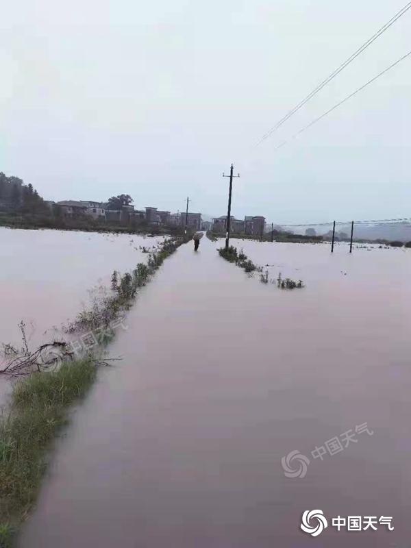 近日江西省累计雨量创历史同期新高,24日前中北部部分地区仍有暴雨