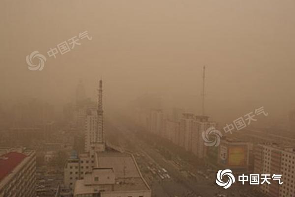 今后三天部分地區有小雨 今明兩天中西部局地浮塵