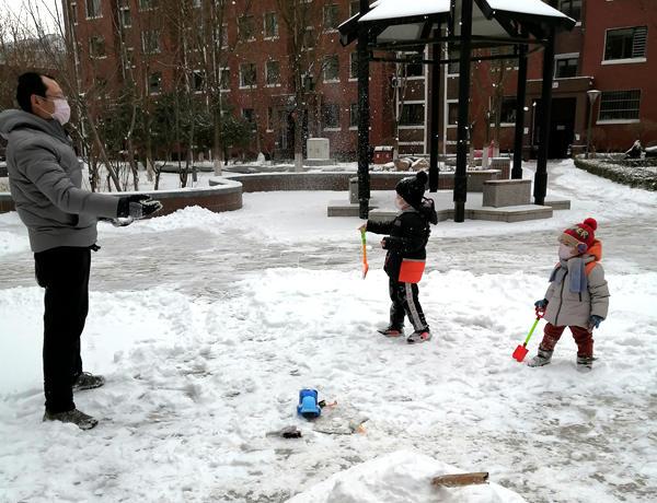 朝阳市大部分地区降中到大雪