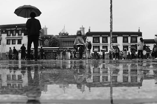 拉萨的雨季  一日如四季