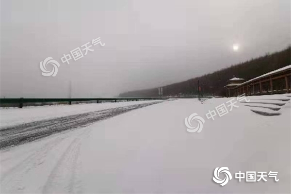 内蒙古冷空气上新 大雪节气后有风沙降雪降温