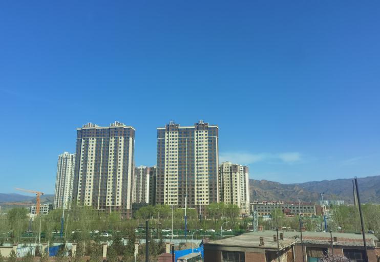 内蒙古今日局地气温突破30度  明起迎雨雪降温