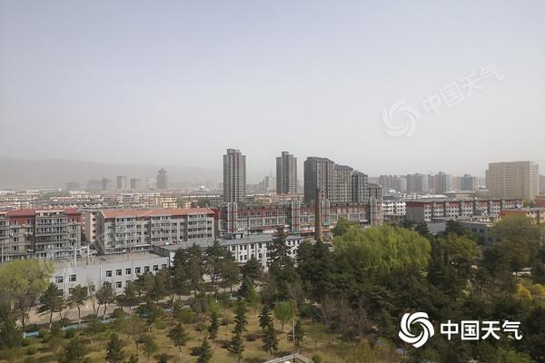 内蒙古风沙雨雪站C位 局地降温10℃以上