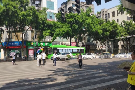 泸州高温今年首次突破38℃ 28日后将缓解