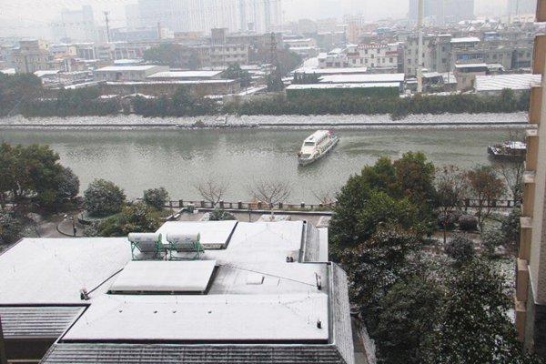 杭州市江干区的美丽雪景
