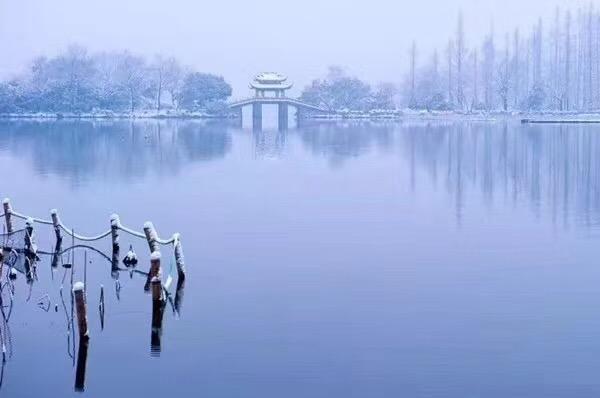 西湖雪景 美不胜收