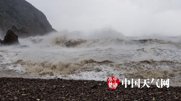 """""""泰利""""不容小觑 台州大陈岛风浪滔天(1/5)"""