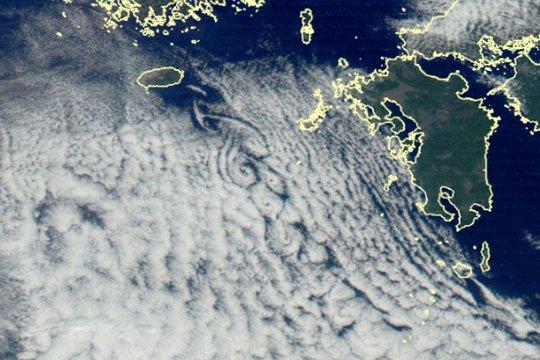 揭秘!除了台风 大嘴棋牌app们还能在卫星云图上看到什么?