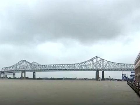 """美国热带风暴""""巴里""""将袭路易斯安那州"""