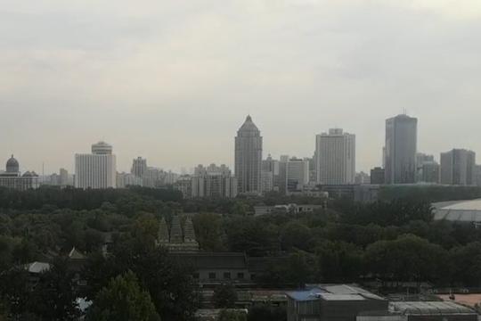 北京雨水将持续至明天 气温低迷注意保暖