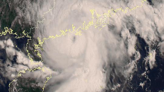 """星眼看地球:台风""""查帕卡""""即将登陆"""