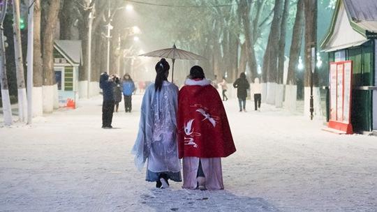 """一组图体验东北地区的""""雪生活"""""""