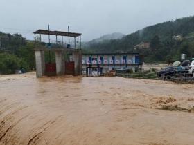 广西桂林柳州等地今日雨势仍强劲 局地或有大暴雨