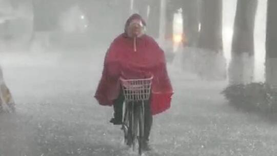 天漏了?!河南现极端罕见强降雨